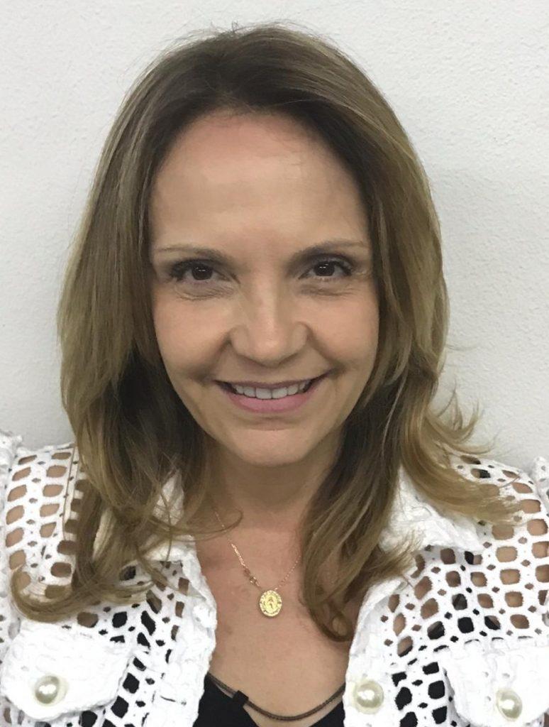 Cássia Helena Franco de Mello Dias Menezes - 2º ANO E.F. I