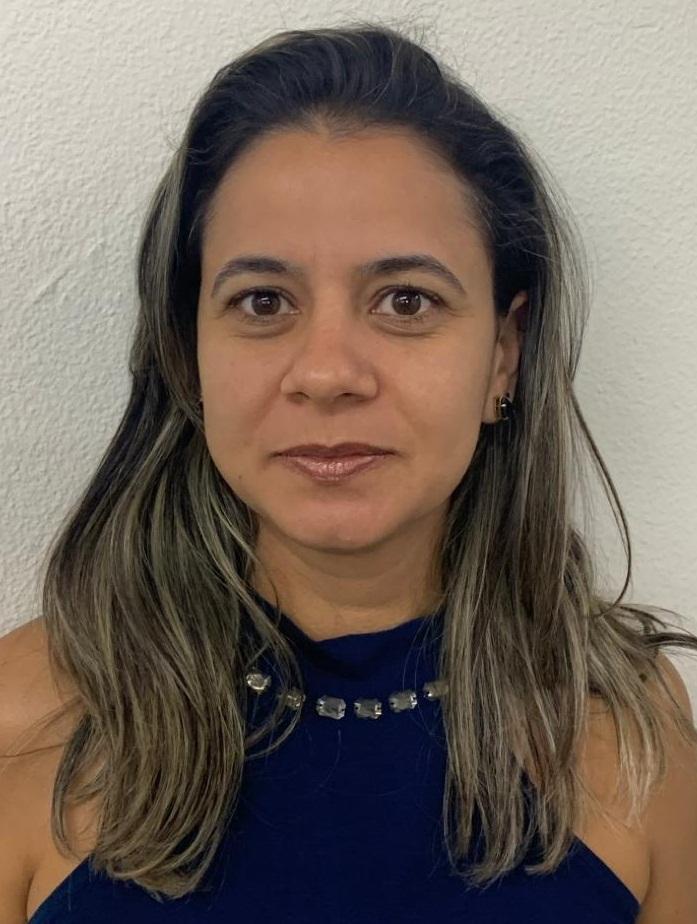 Luciana Helena Reis - Arte - 6º, 8º e 9º ANOS + Oficina de Teatro