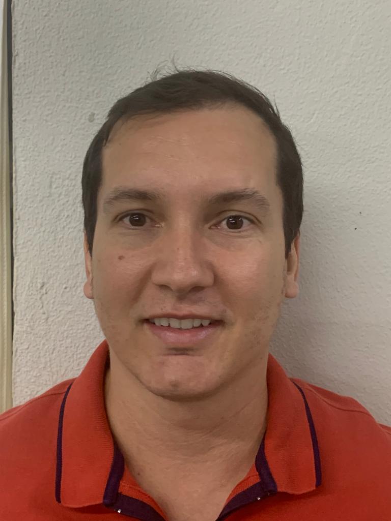 Renato Gomes Fiorotto - Matemática - 8º e 9º ANOS e 1º e 2º ANOS E.M.